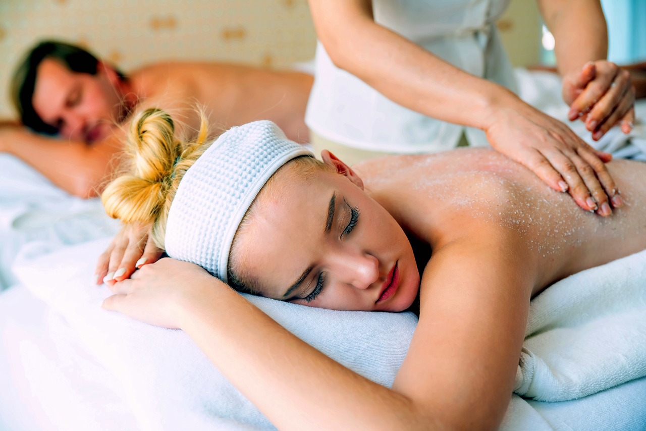 Side-By-Side- Couples Massage With Salt Scrub
